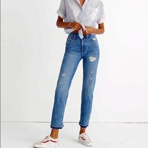 MADEWELL Classic Straight Distressed Mom Jean 29